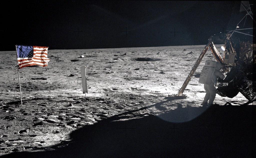 Uomo nello spazio - Luna